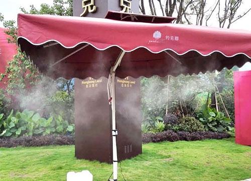 约克郡岗亭伞下喷雾降温系统